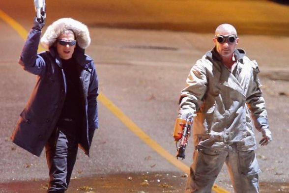 flash-going-rogue-wentworth-miller-37760224-650-435